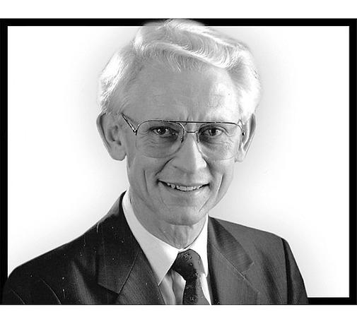 Rev.  Kenneth  BROWN