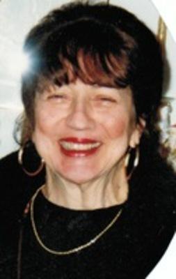 Mrs. Maureen (Moore) Mangiaglia