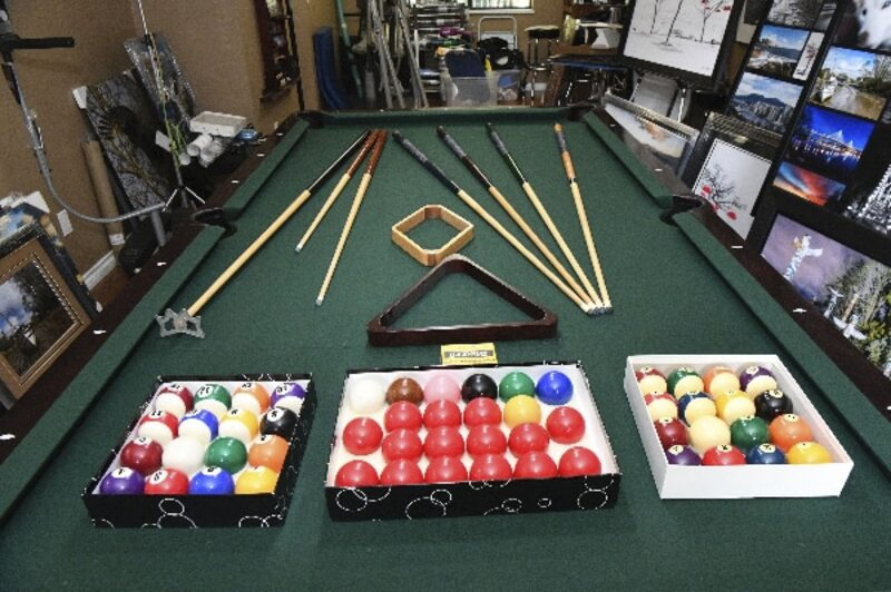 Tri City News Classifieds Marketplace X BRUNSWICK - 4 x 8 brunswick pool table