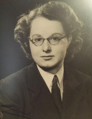 Sheila  Bury