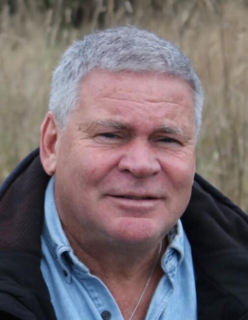 Wayne  Knowles