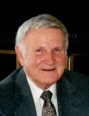Robert J. Winnie